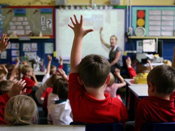 controversele scolii