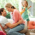 Deci cum e cu romantismul de Valentine's Day la părinți?