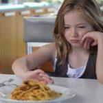 Odată, un copil nu voia să mănânce. Stai! Și tu știi unul?!
